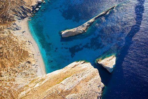 ALLA SCOPERTA DELLE CICLADI Estate 2018  Santorini-Folegandros-Naxos-Santorini
